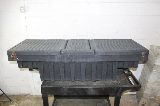 Hard Plastic Truck Storage Box
