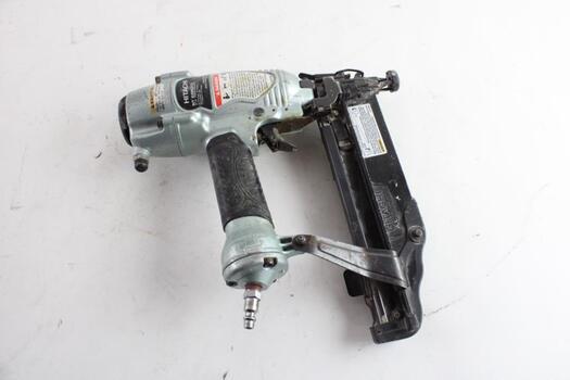 Hitachi Pneumatic Finish Nailer