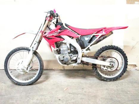 Honda 2005 Dirt Bike