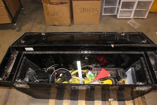 Husky Deep Truck Crossover Box With Tools, 20+ Pieces