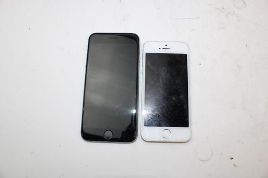 IPhone Lot, 2 Pieces, Sold For Parts