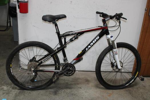 Jamis XC Mountain Bike