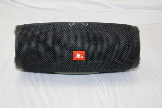 JBL Charge 4 Wireless Bluetooth Speaker