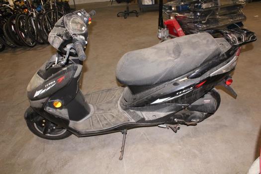 Jjajue Terra 7 Gas Scooter