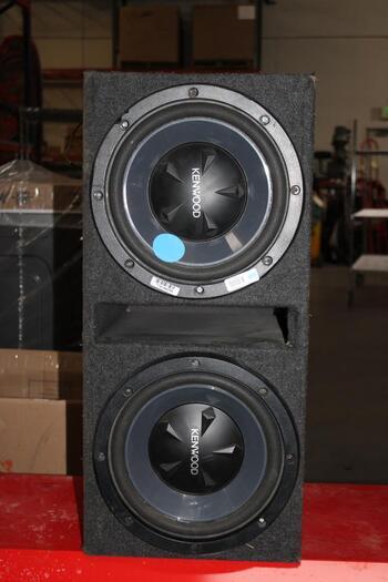 Kenwood 2 Subwoofer Speaker Box
