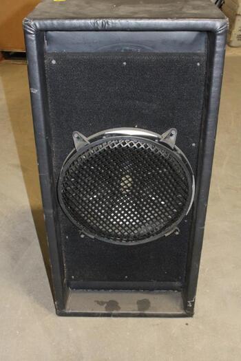 Kicker Speaker