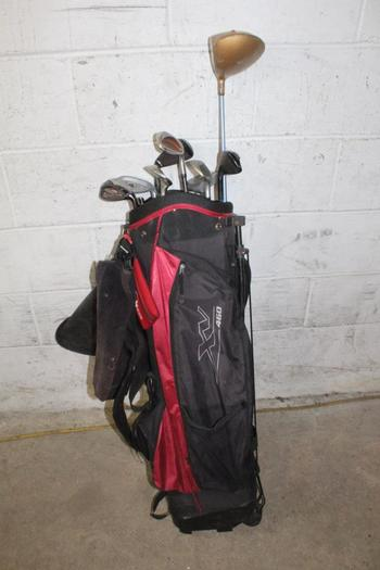 Knight Golf Bag With Clubs, 10 Pieces