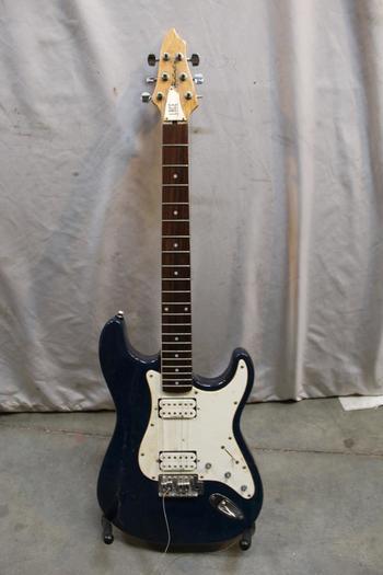Lace Huntington Electric Guitar