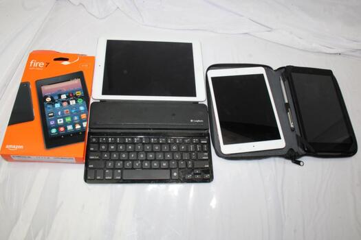 Lot Of Tablets And Ipads, 4 Pieces