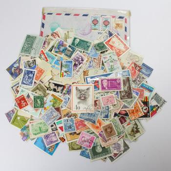 Lot Of Various Stamps, 500+ Pieces