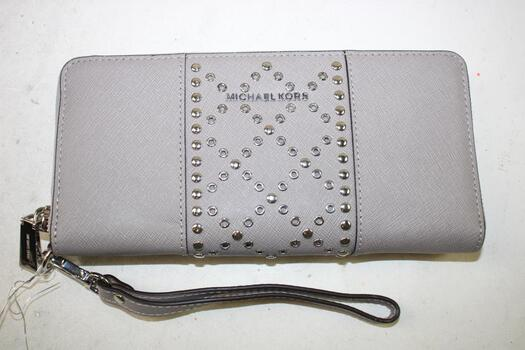 Michael Kors  Travel Continental Leather Grey Wallet
