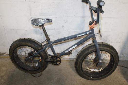 Mongoose BMax BMX Bike