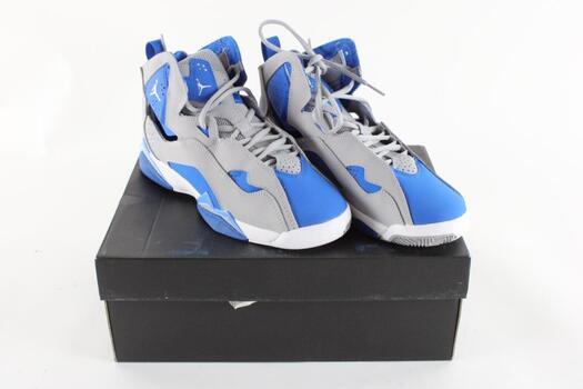 Nike Air Jordan shoes, size 6Y