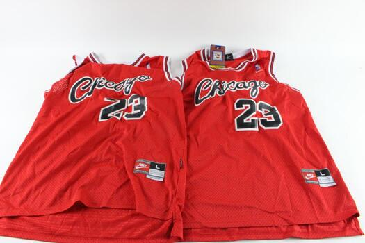 Nike Hardwood Classics Chicago Bulls Michael Jordan Jerseys, L, 2 Pieces