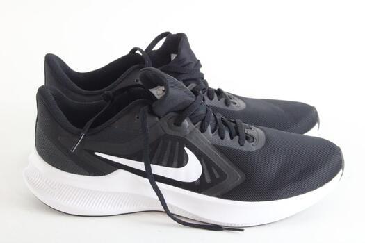 Nike Mens Size 10 1/2 Sneaker