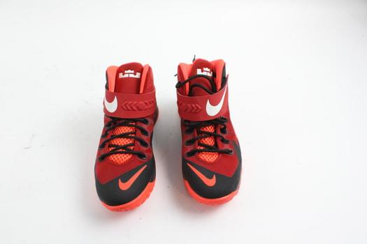 a3f72f8829f1 Nike Zoom LeBron James Soldier 8 GS Shoes