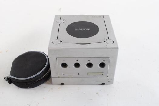 Nintendo Game Cube With Games
