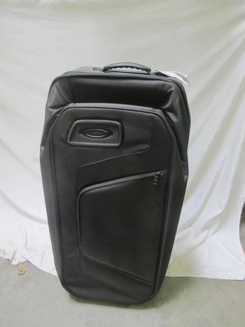 Oakley Motion Collection 115L Roller Suitcase