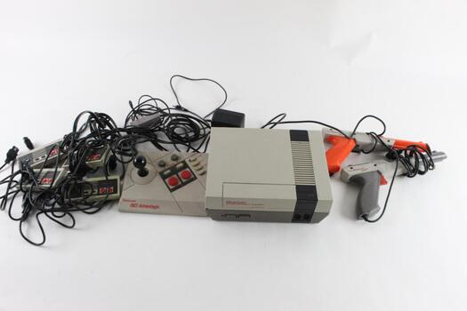 Original Nintendo With Games And Controllers, 25+ Pieces