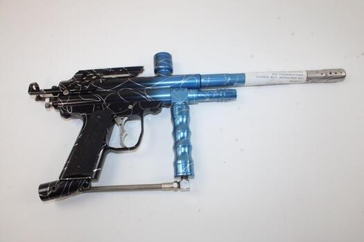 Piranha Black And Blue Paintball Gun