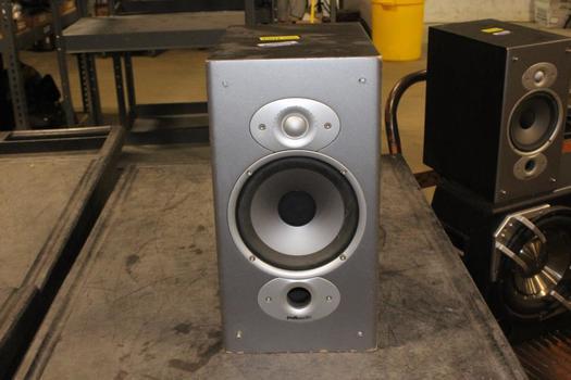 Polk Audio Bookshelf Speaker