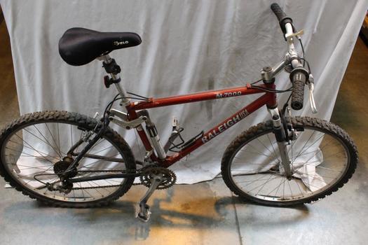 Raleigh M7000 Mountain Bike