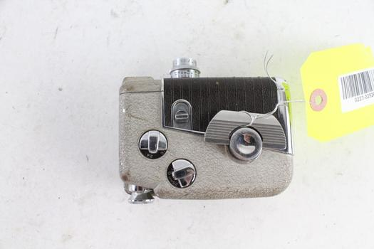 Revere 8 Vintage 8mm Video Camera