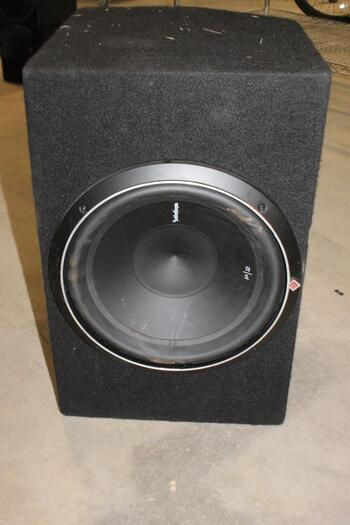 Rockford Fosgate Subwoofer With Amp
