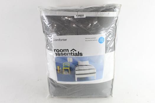 Room Essentials Twin/XL Twin Comforter