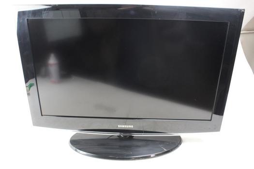 "Samsung 32"" LCD HDTV"