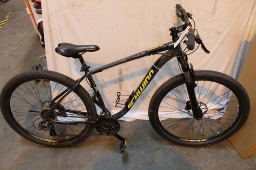 Schwinn Saints Mountain Bike