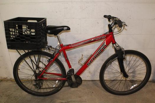 Schwinn Traverse Mountain Bike