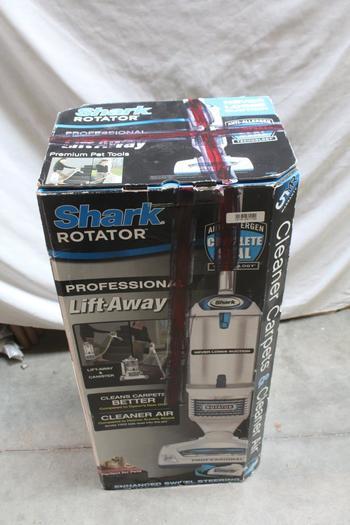 Shark Rotator Lift Away 3 In 1 Vacuum Nv500