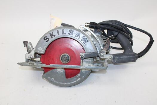 Skilsaw Corded Circular Saw SPT77W With Blade