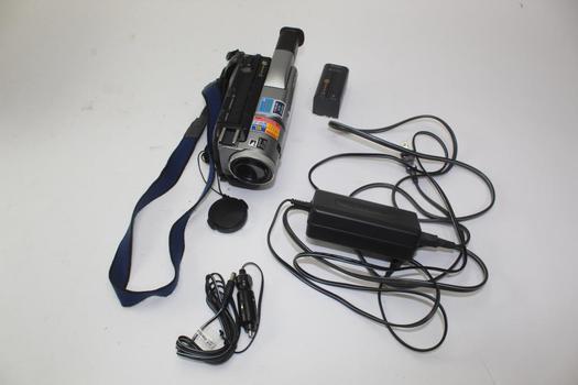 Sony Handycam Digital 8 DCR-TRV103 NTSC Video Camera