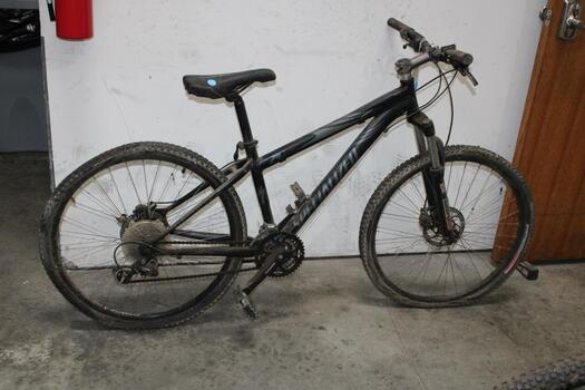 Specialized Rock Hopper Mountain Bike