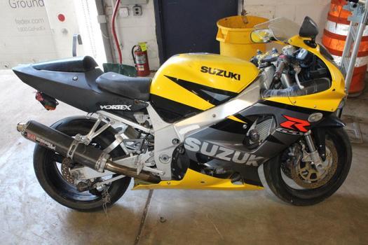 Suzuki GSX-R750K Sports Motorcycle