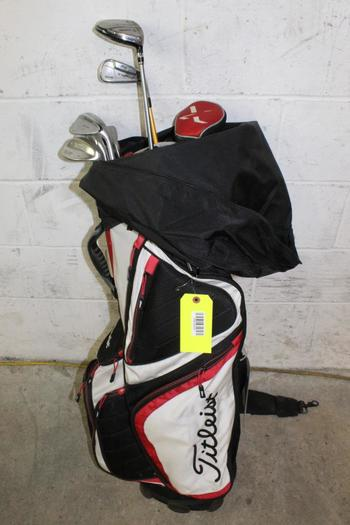 Titleist Bag With Clubs, 7 Pieces