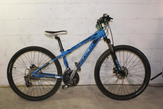 Trek 3500 Mountain Bike