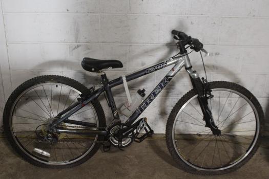 Trek 6700 Mountain Bike