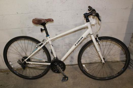 Trek FX 7.2 Hybrid Bike