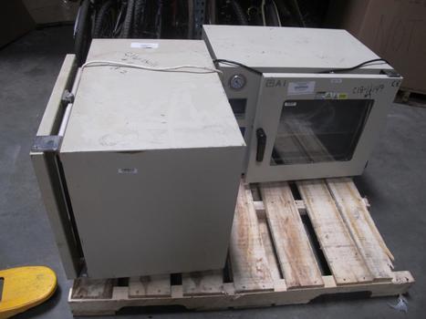 Vacuum Ovens, 2 Pieces