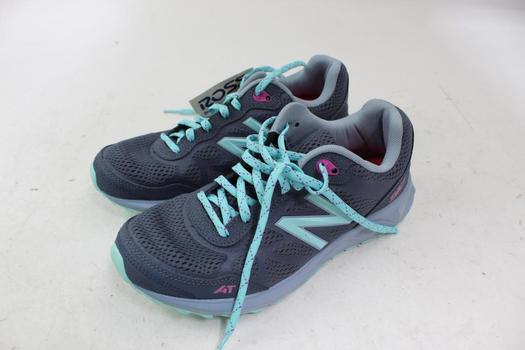 Women's New Balance Shoes; Size 8.5