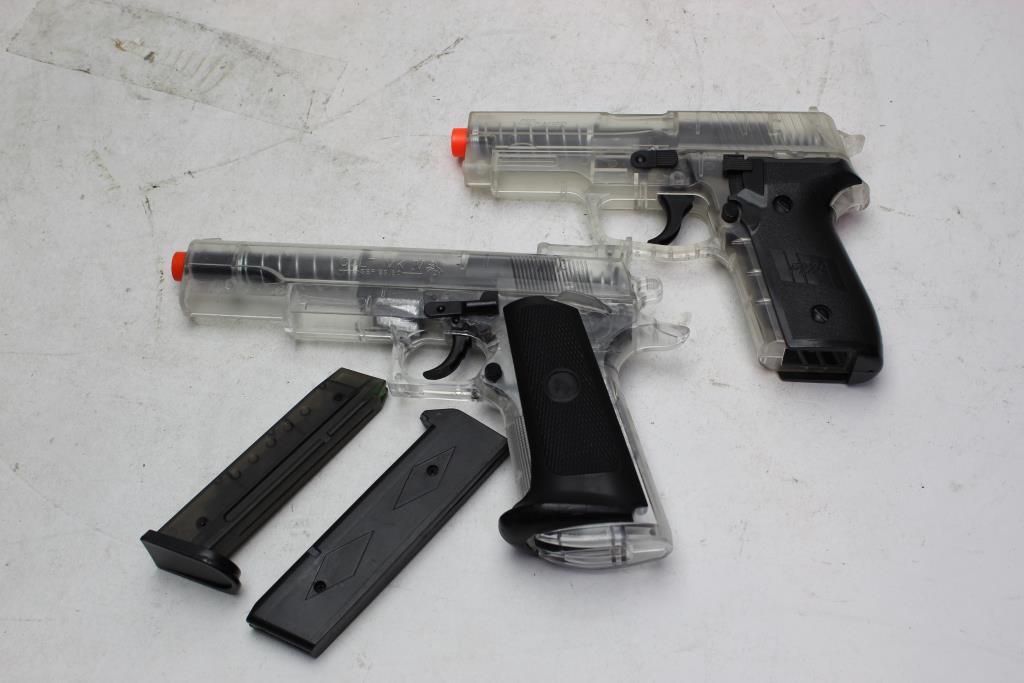 USA SIG SAUER P228 Air Pistol, Colt MKIV 80 Pistol 2 Pieces