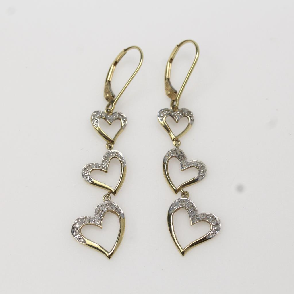 10kt Gold 2 8g Pair Of Heart Shaped Earrings With Small Diamond Accents
