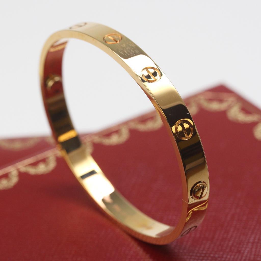 18kt rose gold 31g cartier love bracelet new in box with. Black Bedroom Furniture Sets. Home Design Ideas