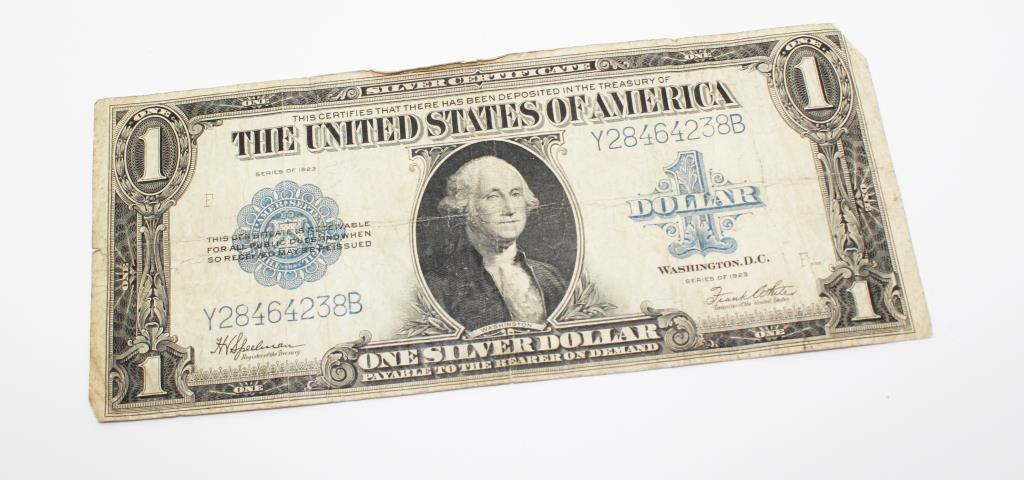1935a One Dollar Hawaii Silver Certificate And Two Large 1923 One