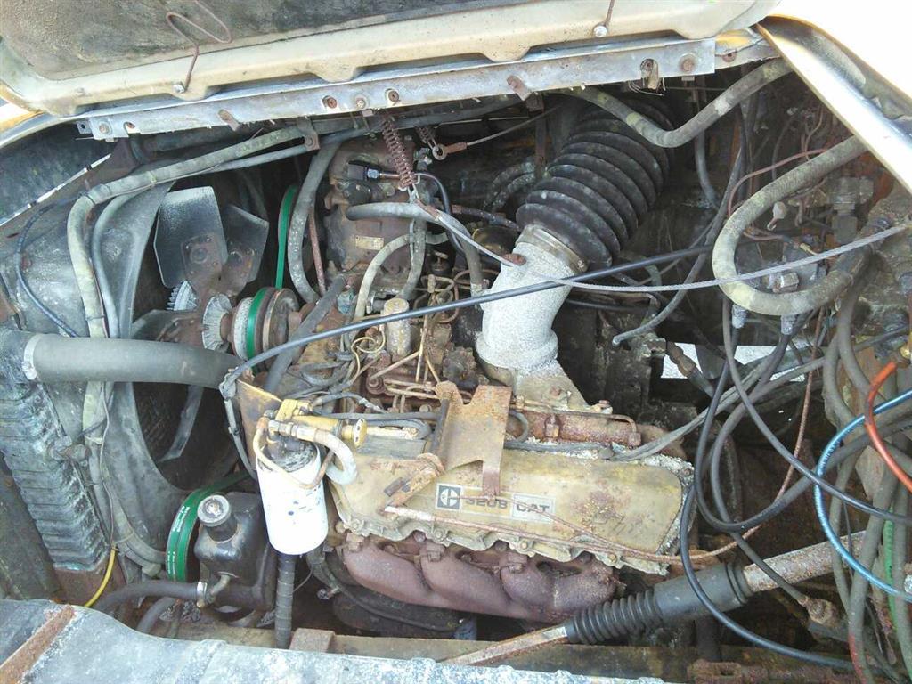 1980 ford l8000 (hartford, ct 06114)