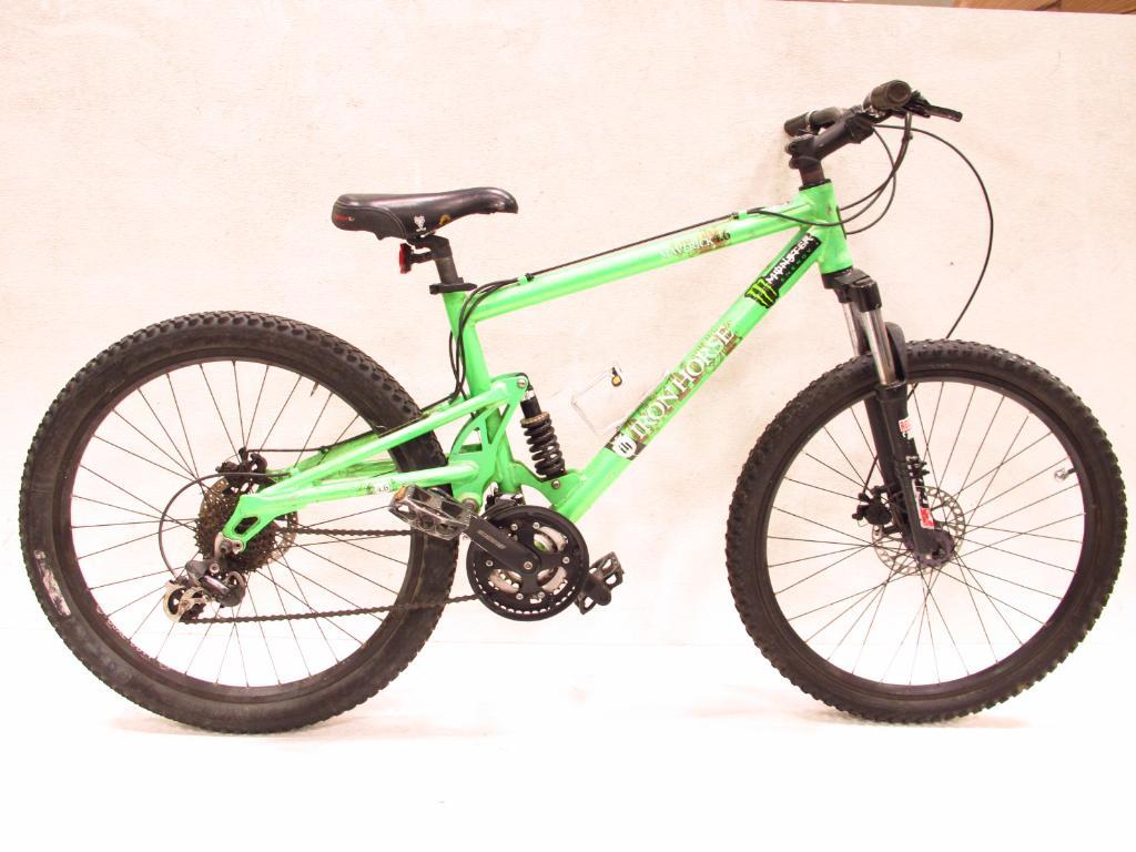 364698493a4 Iron Horse Maverick 4.6 Men's Mountain Bike   Property Room