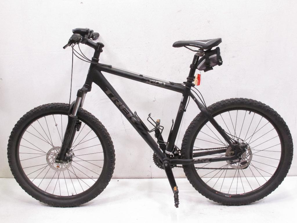 bc71aa10645 Trek 4300 Four Series Men's Mountain Bike | Property Room